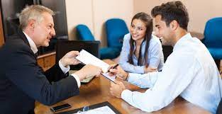 What Are Financial Advisors?